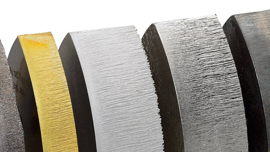 High-quality cuts in sheet metal thicknesses up to 30 millimeters: made possible thanks to the Power Cut Fiber option.